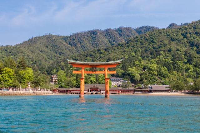 宮島の紅葉で大鳥居まで歩くときに靴は濡れないの?