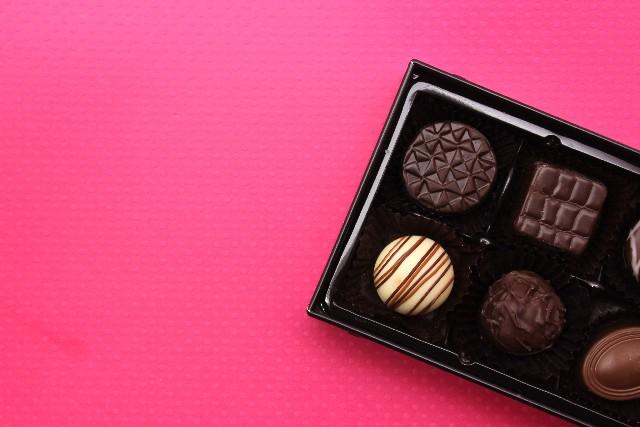 バレンタインの義理チョコは300円でも選べる!おもしろ系もあり